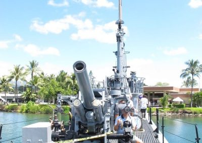 Chase | Honolulu -Submarine guns