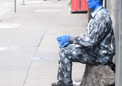 Chase | San Francisco - Human statue blue face-1